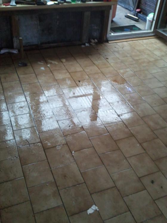 Wasser in der Hütte